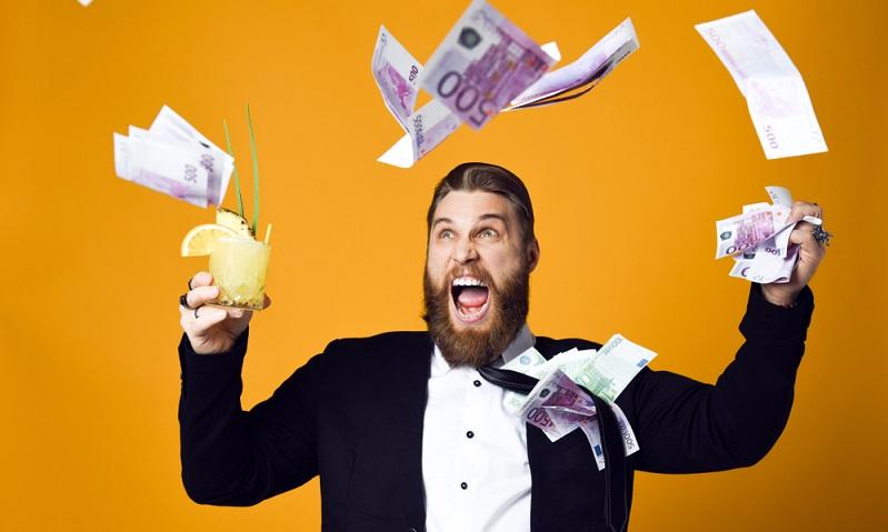 Wer dauerhaft über seine Verhältnisse lebt, riskiert die Verschuldung und seine Bonität. ( Foto: Shutterstock-Fab1)